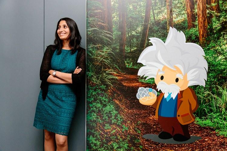Шубха Набар, директор по научным данным, в офисе Salesforce в Сан-Франциско. Фото: Джейсон Генри